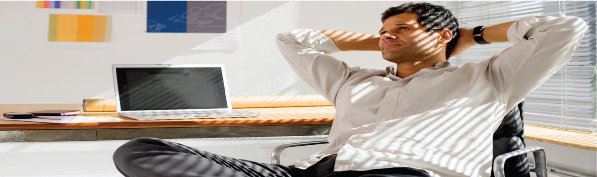 empresario-relajado-byg-asesores